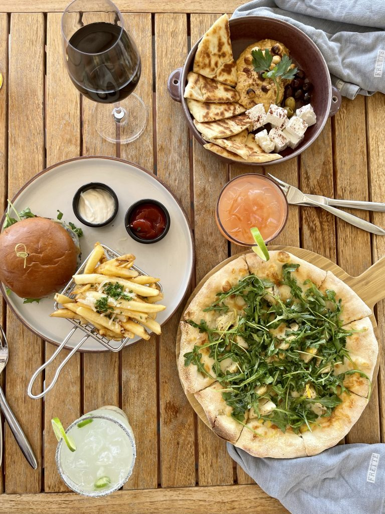 Dining Options - Covewood at San Diego Mission Bay Resort